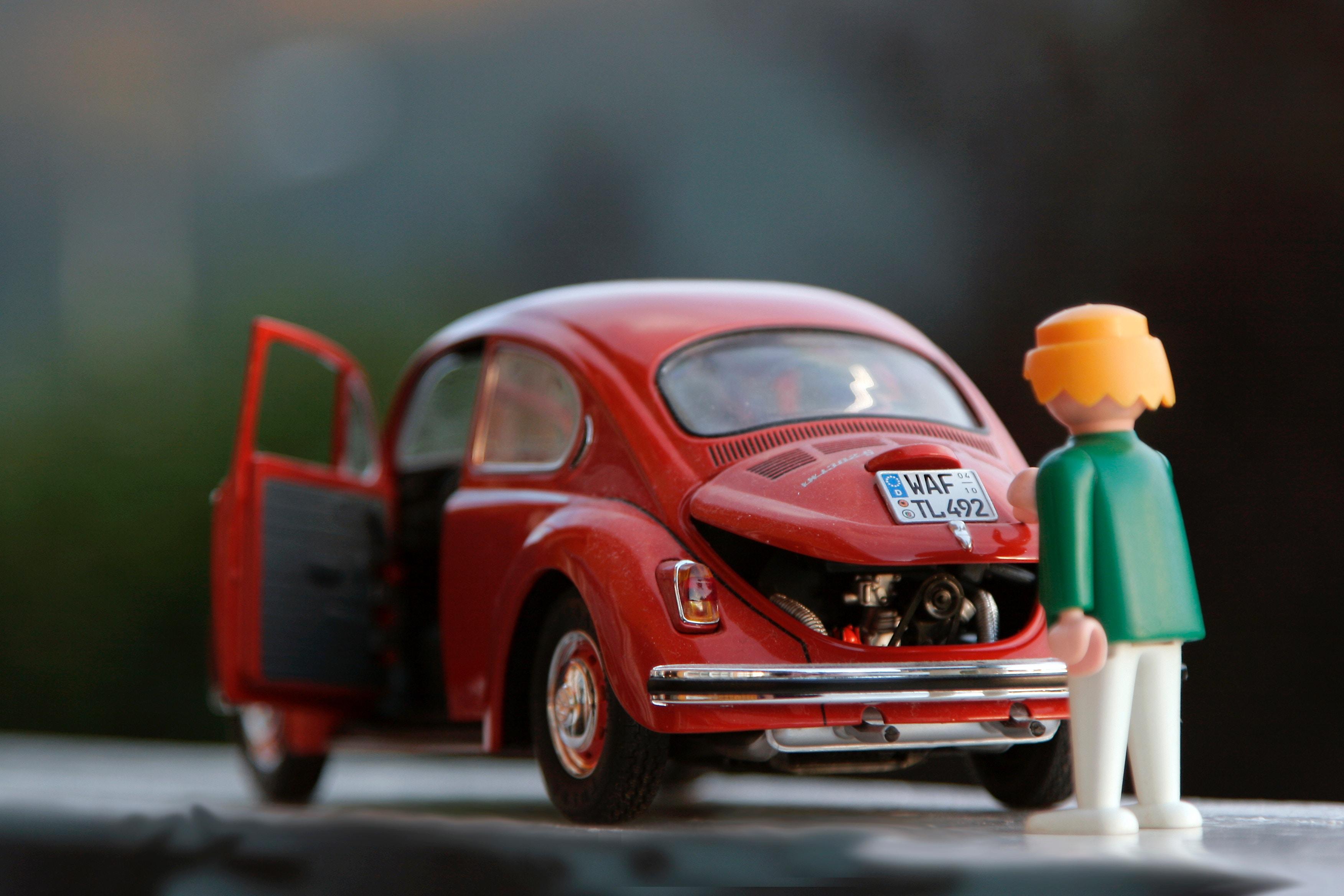 This Service Advisor fixes a car needing repair